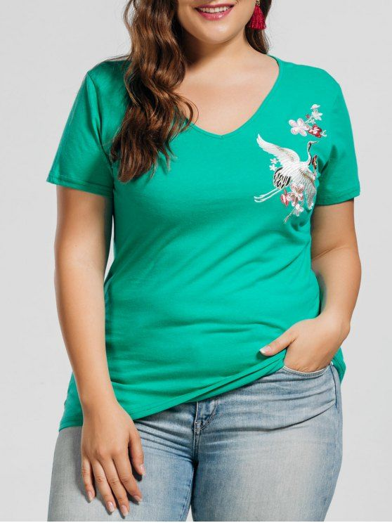 AD : Plus Size Crane Embroidered Top - GREEN     Material: Cotton,Polyester,Spandex   Shirt Length: Regular   Sleeves Length: Short   Collar: V-Collar   Style: Fashion   Season: Summer   Decoration: Embroidery   Pattern Type: Animal   Weight: 0.2100kg   Package: 1 x Top