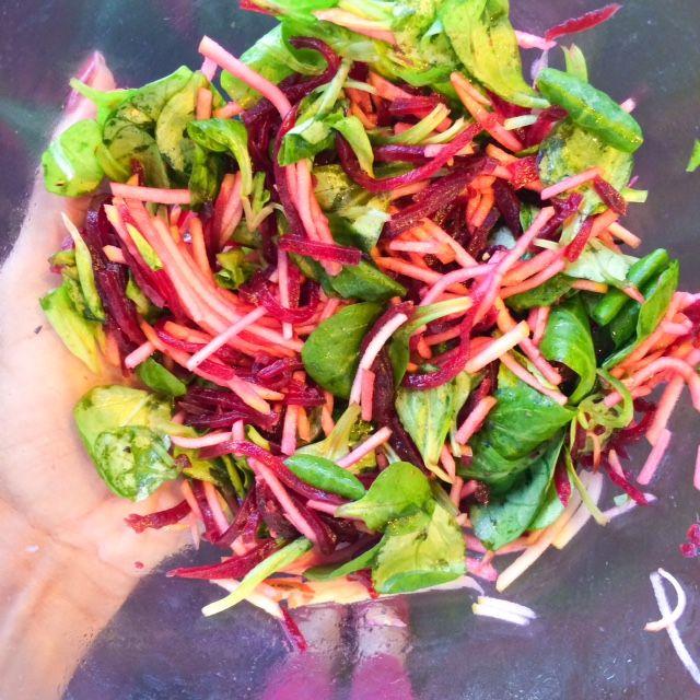 Recette détox: salade de mâche et betterave à la pomme | The Wellness Nutritionista