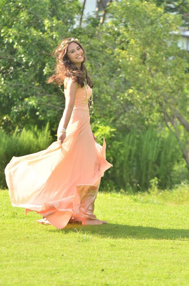 16 Best Images About Pre-Debut Photo Shoot Pegs On Pinterest | Debutante Spanish And Twin