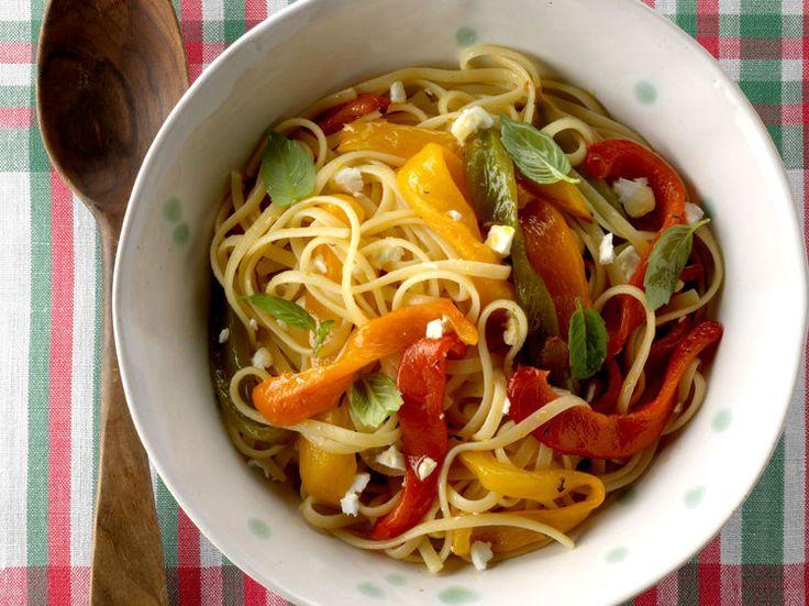 Découvrez la recette Colombo de poulet antillais sur cuisineactuelle.fr.