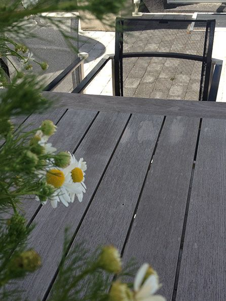 #armchair #outdoor #havestol #have #garden #flowers