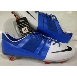 Sepatu Sepakbola Nike GS