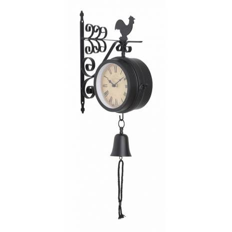 Metal Outdoor Double Sided Antique Clock  Today, the buyers ofwall clockssee them as a decoration piece and that too in accordance to the existingdecor. When you land in stores dealing designer wall clocks for external use, you come across many models butMetal Outdoor Double Sided Antique Clockhas a uniqueantiqueand aesthetic decor appeal.