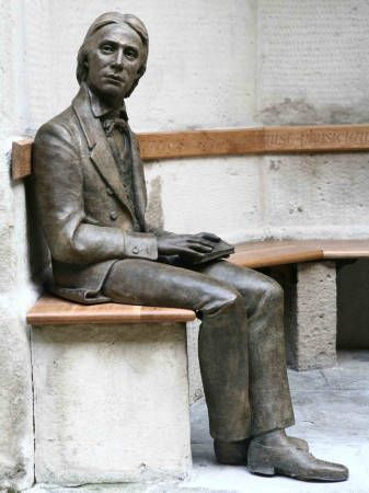 Statue of Keats in the grounds of Guy's Hospital. Stuart Williamson 2007Forever Book, Book Art, Sculpture Reading, Reading Book, Statues, John Keats, Museums Sculpture, Great Poets