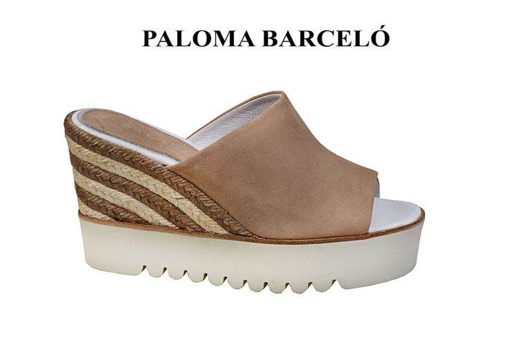 White sole and knitted espandrilles in a combrotable wedge by paloma barcelo! Discover your feminine side with us in Galleria Di Scare