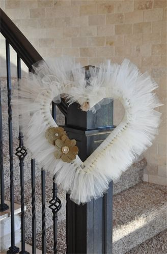 The Tulle Trunk - Beautiful tulle heart wreath with burlap flowers <3
