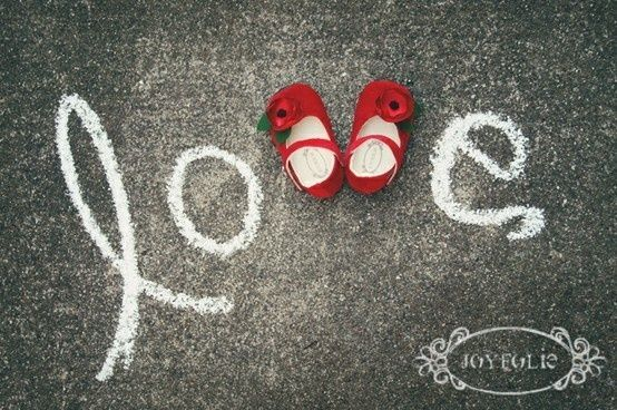 Adorable photo with baby shoes, but use bows!