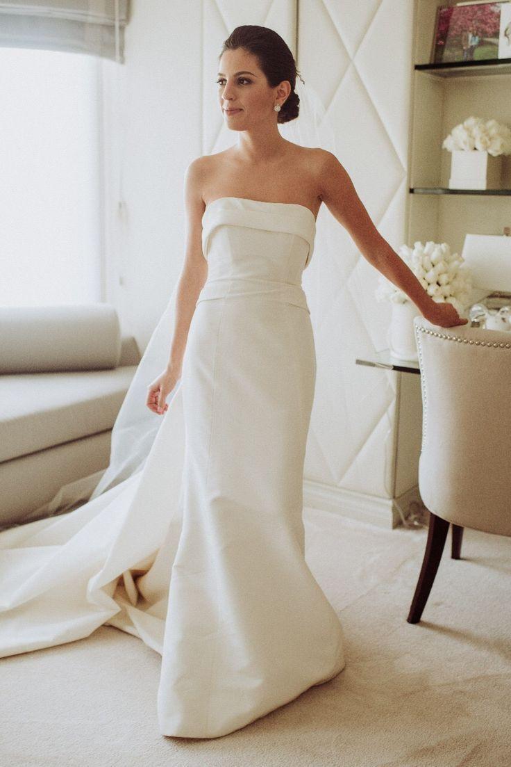 Carolina Herrera Arielle Spring 2017 Wedding Dress Used Size 8 5 000 Fitted Wedding Dress Linen Wedding Dress Herrera Wedding Dress