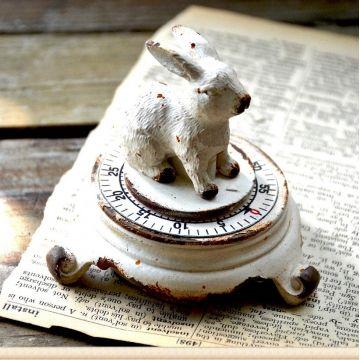 $28 Cast Iron Rabbit Timer