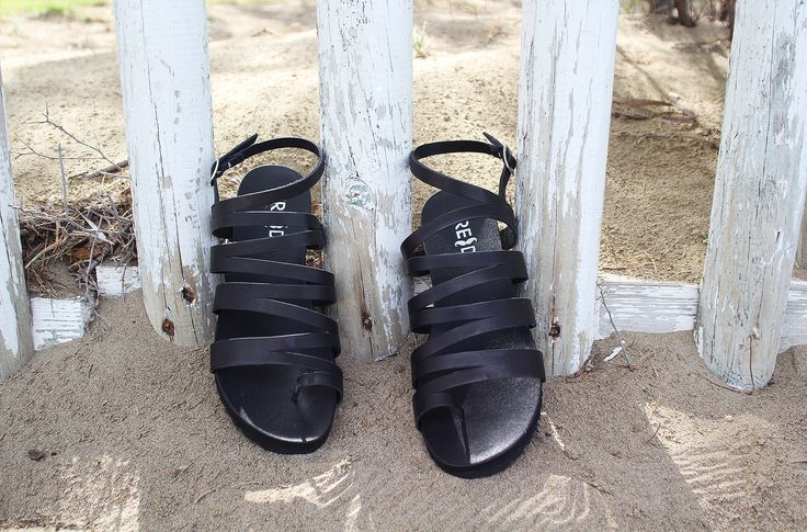 Connie Black Sandals S/S 2015 #Fred #keepfred #shoes #collection #leather #fashion #style #new #women #trends #black #sandals