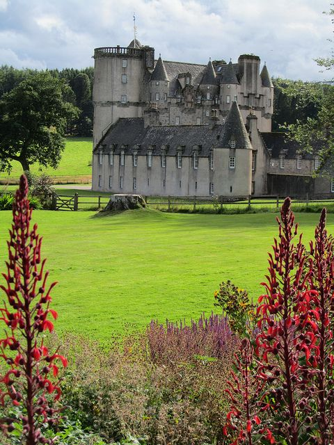 Castle Fraser, Aberdeeshire, Scotland   ..rh @Writer_DG Is this close to your description of Lord Lovat's home?