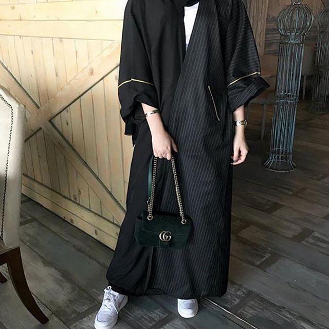 تفصيل حسب الطلب التوصيل داخل وخارج جدة للطلب او الحجز عبر الدايركت مع امكانيه تغير الالوان عب Fashion Inspo Outfits Couture Fashion Abaya Fashion