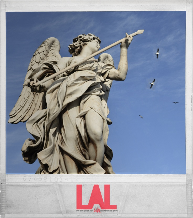 """- Vulnerasti cor meum -  """"Mi hai trafitto il #cuore"""".  Sul #Ponte #Sant'Angelo sono collocate dieci #statue di #Angeli che portano i #simboli della #Passione di #Cristo.  #LAL #City #Guide #Roma - """" #Scatti #Inediti """""""
