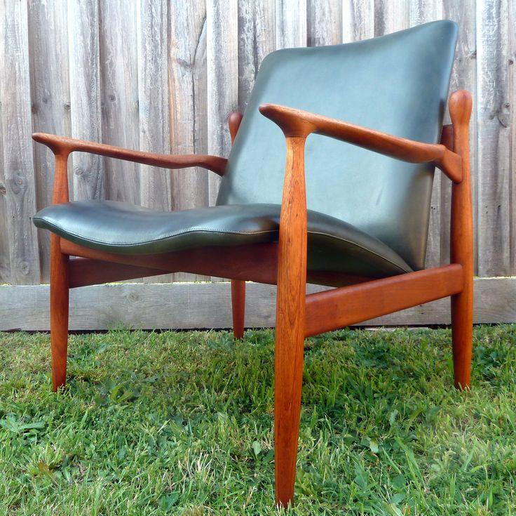 Parker Conversation Chair 1965 All Original #150 Executive Armchair