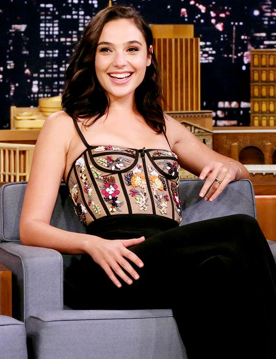 Gal Gadot attends The Tonight Show starring Jimmy Fallon. October 5, 2017.