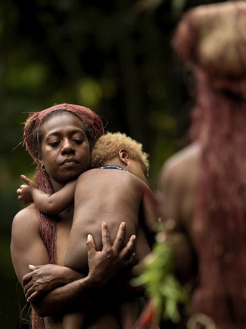 Big Nambas mother and baby, Vanuatu