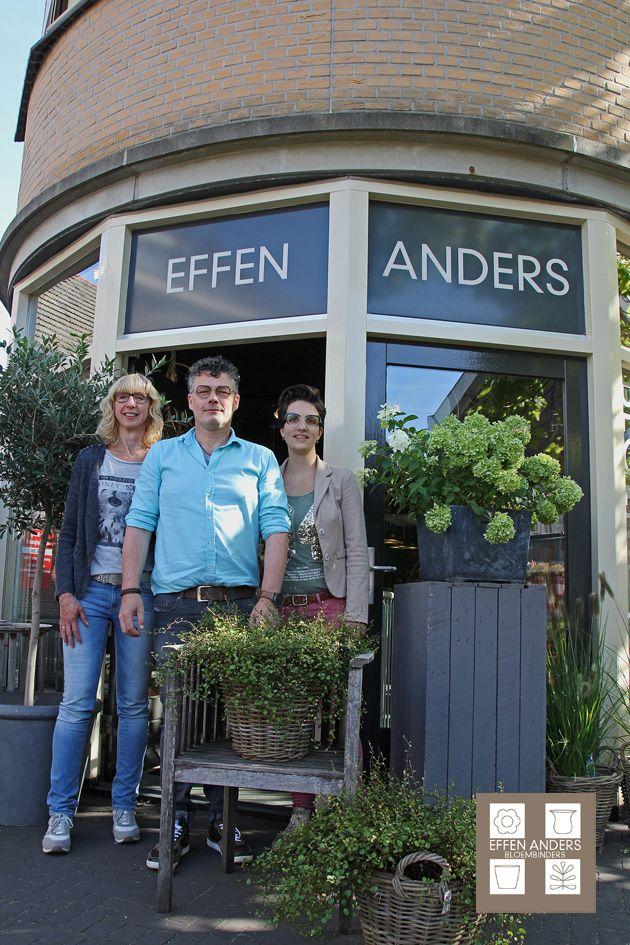 Hoe leuk is dat! Een `Effen Anders` artikel in de Aalten Vooruit, geschreven door Martine Scholl met een mooie foto van Jan Oberink, waarvoor dank. Kijk op: http://www.aaltenvooruit.nl/nieuws/zakelijk/21723/effen-anders-doet-het-al-tien-jaar-effen-anders-