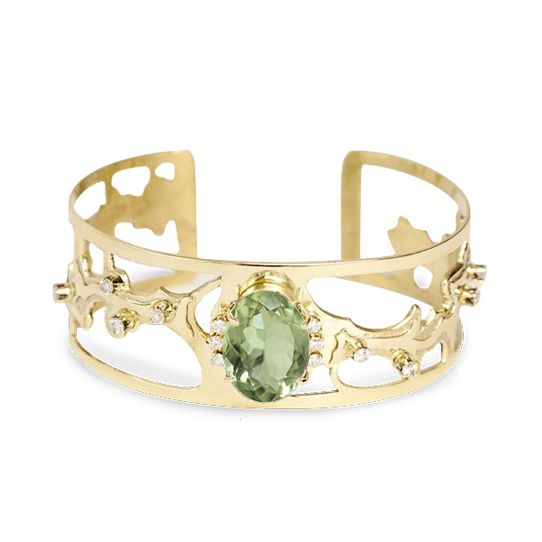 Eternal sophistication. 18K yellow gold cuff with prasiolite and diamonds. #jewelry #jewellery #diamonds #sophistication