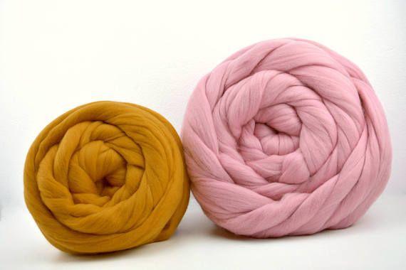 Best 25 grosse laine ideas on pinterest taille des lits de la reine modele snood and grosse - Grosse laine chunky ...