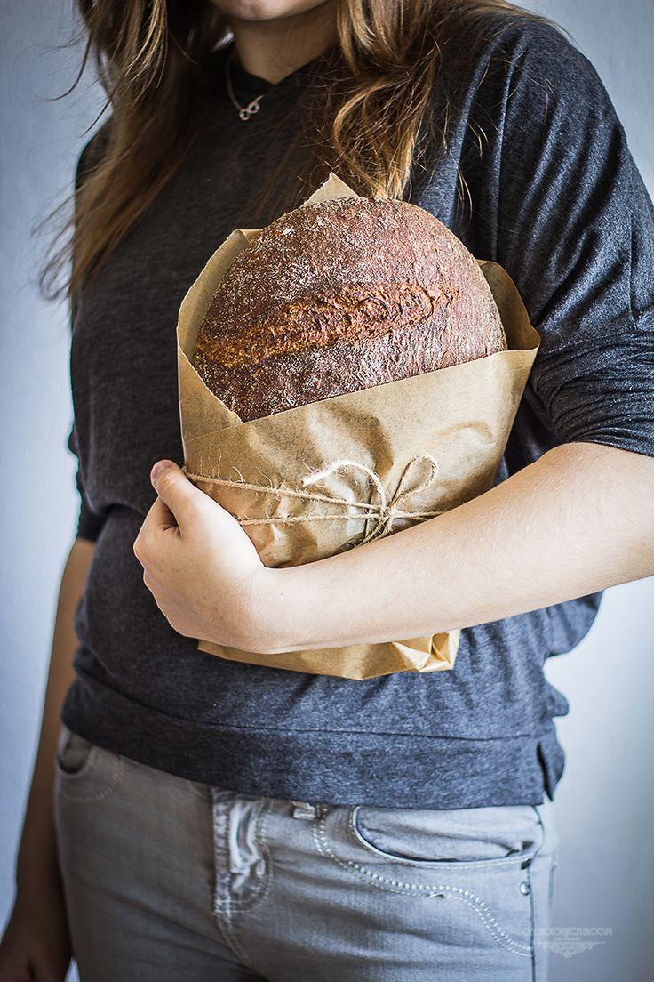 Beetroot and horseradish bread