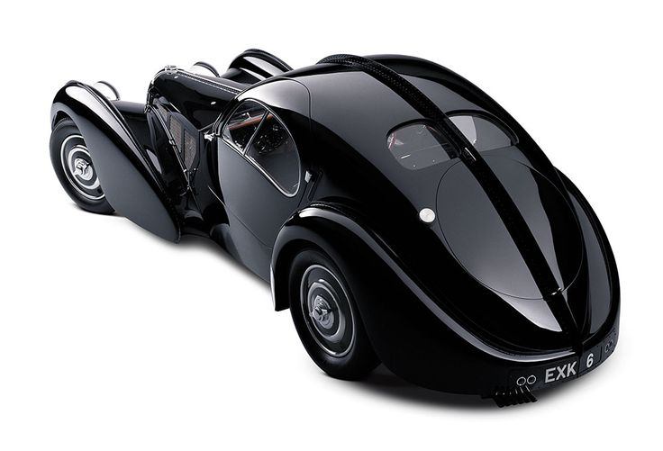 The Ralph Lauren Collection 1938 Bugatti 57 SC Atlantic Coupe - The magnesium body could not be brazed nor welded, hence the distinctive riveted spine.