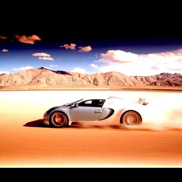 Bugatti Veyron Cruising In The Desert Sport Cars