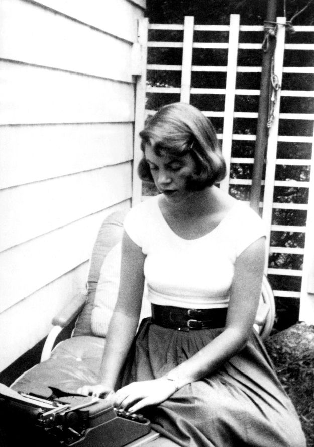 This is probably how you're used to seeing Sylvia Plath — the iconic and tragic poet – usually only in black and white photos, and sporting her trademark brown hair. | Did You Know Sylvia Plath Once Went Platinum Blonde?