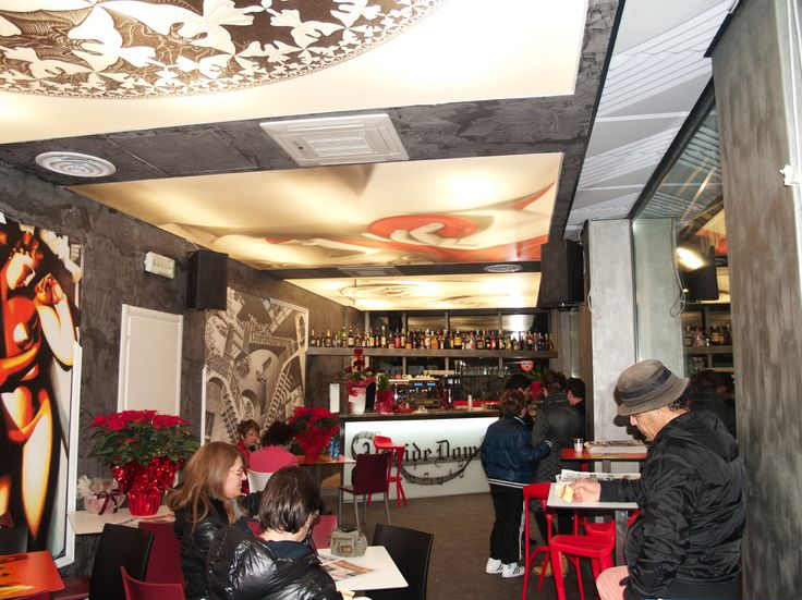 Restaurant ceiling made from Vecta Design stretch ceilings