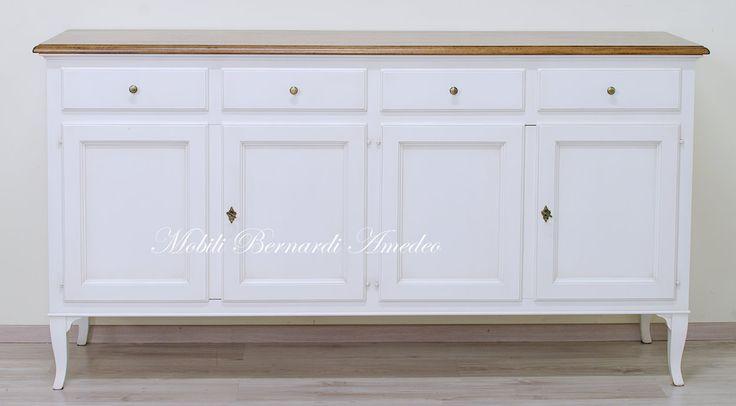 Classica credenza stile 800 veneto in legno massello finitura bicolore, produzione artigianale made in Italy al 100%