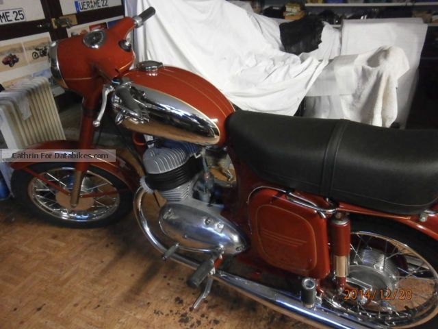 Jawa  350 1975 Vintage, Classic and Old Bikes photo