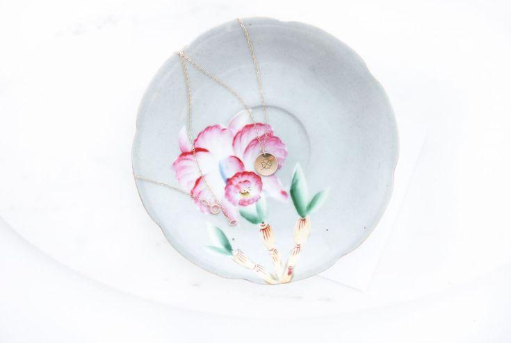 Lucky charm four leaf clover necklace