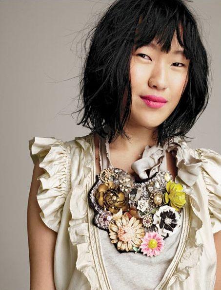 .: Woman Fashion, Diy Necklaces, Statement Necklaces, Jewelry Design, J Crew, Pink Lips, Jcrew, Flower, Bibs Necklaces