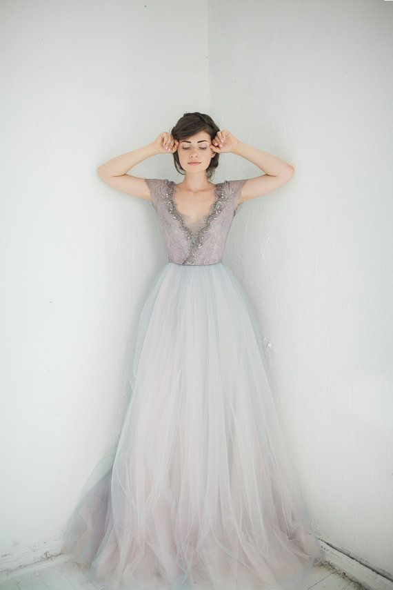Tulle wedding gown // Lavanda limited edition por CarouselFashion