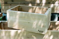 This hand-made cedar patio garden box is hand made locally at Union Wood Company in Vancouver, BC, just for us Victory Gardens. This high-quality and sturdy box is perfect for the apartment or home patio due to it's shorter length and is perfect for those who want to grow but at limited on space.