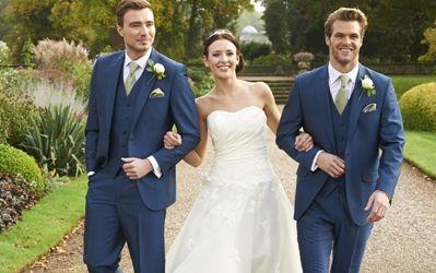 Our royal blue mohair lounge suit, Westbury. #peterposh #wedding #groom #weddingsuits #bluesuit #bowtie #groomsmen
