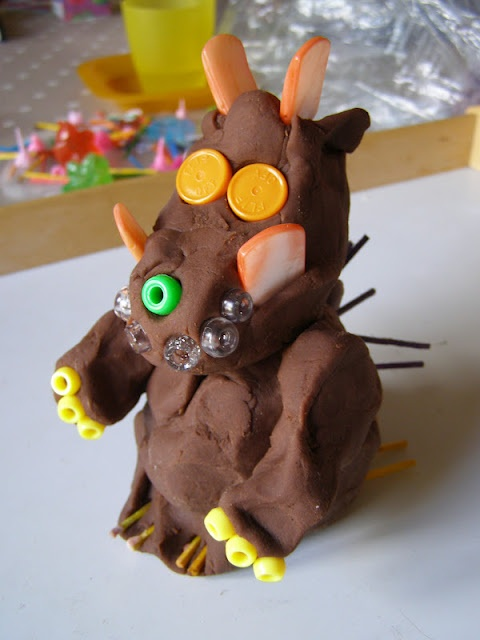 Create with your hands: Gruffalo Play Dough