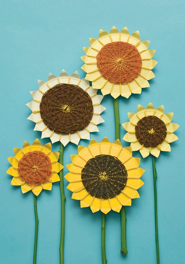 Photo: These beautiful sunflowers are easily made from paper plates…
