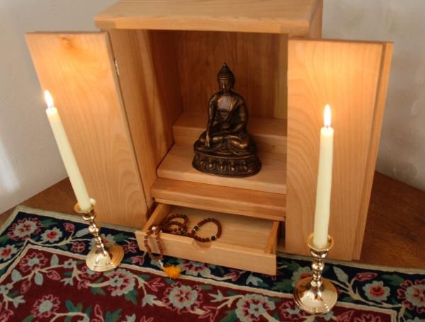 Meditation Altars: creating a space in your home for daily meditation can go a long way towards turning the practice into a habit, and reaping the many benefits meditation provides.