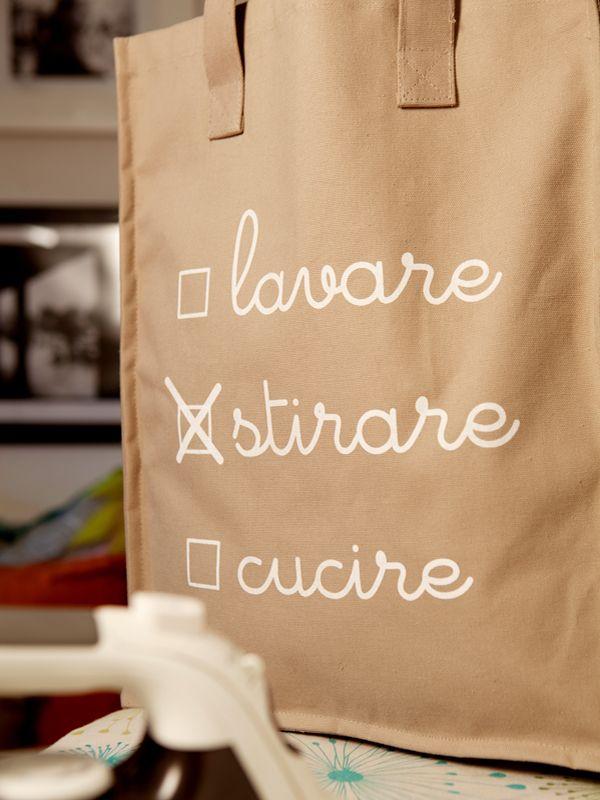 Shopper in lino rigido adatta per riporre tutte le cose da stirare
