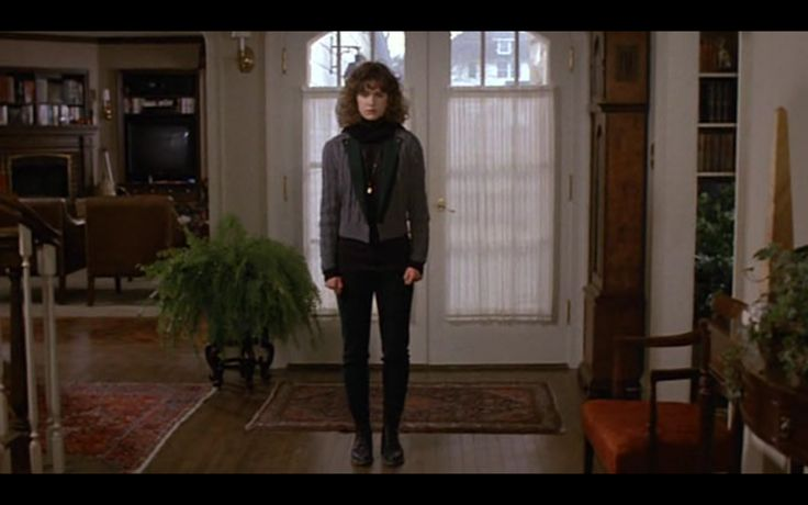 Jean Louisa Kelly as Tia Russel in Uncle Buck (1989) +Visit my <3 90's board+