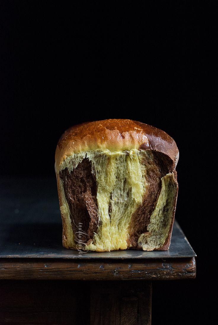 F O R M U L A(For a loaf tin size 20 x 10 x 8 cm)  Orange Tangzhong  25 g bread flour 125 g fresh orange juice  Dough  220 g bread flour 60 g durum wheat semol