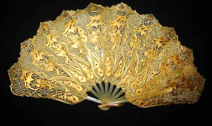 >y<, c1850's Dutch Indonesian Gold Work Hand Fan