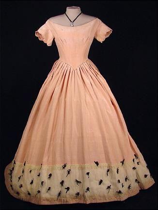 c.1848 Blush Rose Pink Silk Moire Slightly Trained Ballgown :: Antique Dress