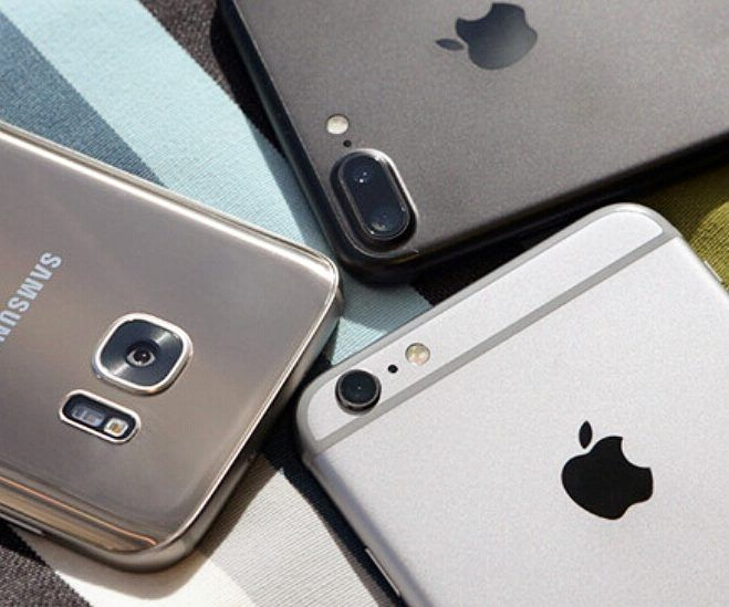 Best mobile?  1_Iphone 7plus  2_Iphone 6s plus  3_Galaxy S7 edge  #iphone #iphone7 #mobile #mobiles #galaxys7 #iOS10 #galaxy #blacksea #waters #goodmorningpost #androidnesia #cameras #touch #id #10ヶ月#mp4 #ipadpro #applewatch #applebees #nicecream#2017 #20