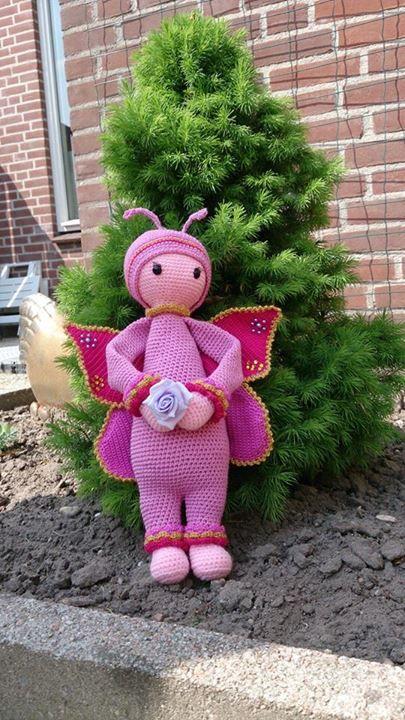 butterfly mod made by Diana van P. / based on a lalylala crochet pattern
