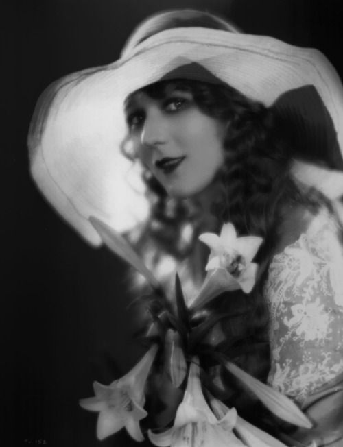 1000+ images about mary pickford on Pinterest | Portrait ...