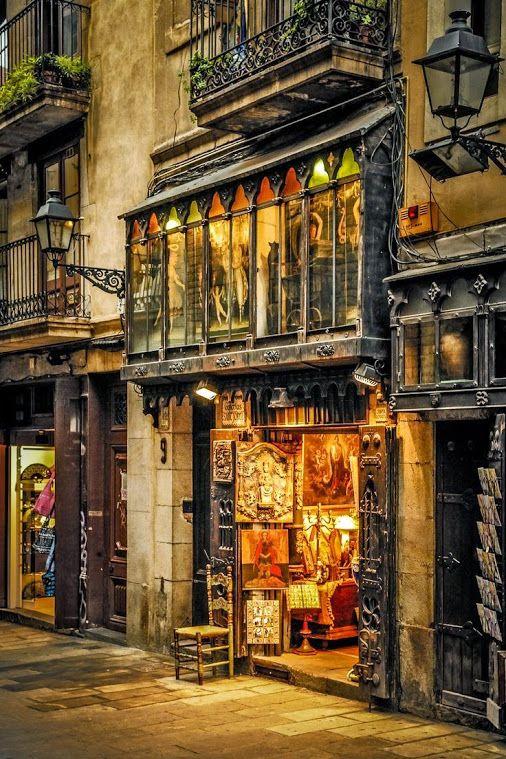 España | Galerías Sant Jordi, Barcelona. (© Andrzej Koliba)