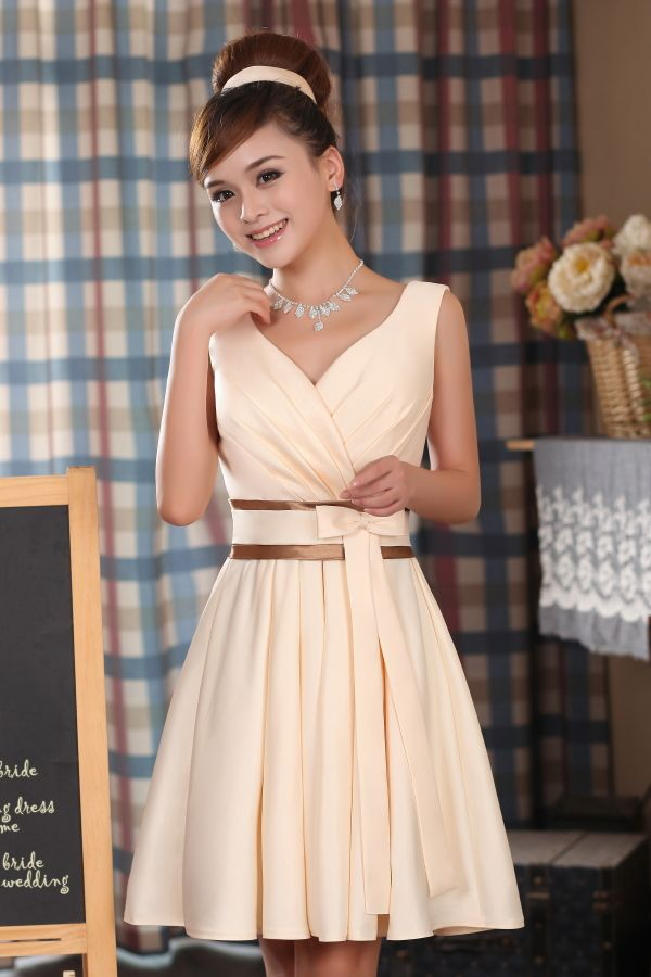 Fashion Champagne color V-neck Bridesmaid Dresses Elegant Wedding Party Dress Plus Size Free Shipping