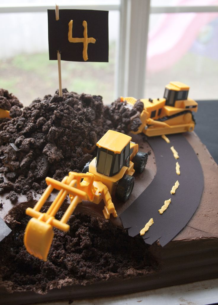 Under Construction Cake - perfect for a little boy's birthday!