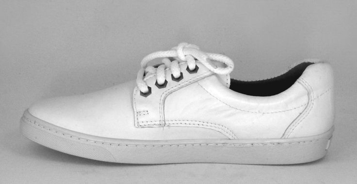 Froggie Sandra White, Genuine Leather Lace-up Sporty, Handmade Sneaker. R 1'099. Handcrafted in Durban, South Africa. Code: 10500 White See online shopping for sizes. Shop for Froggie online https://thewhatnotshoes.co.za/ Free delivery within South Africa.